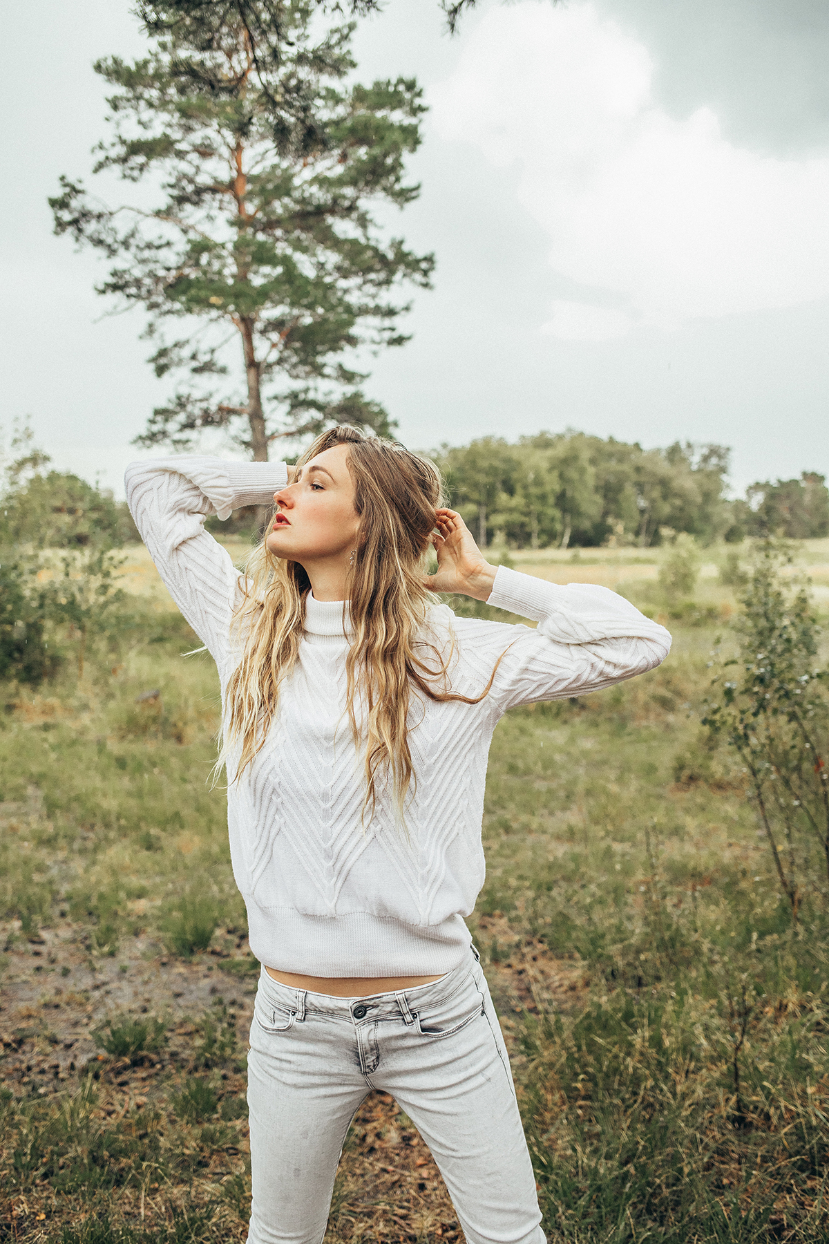 witte vanity sweater